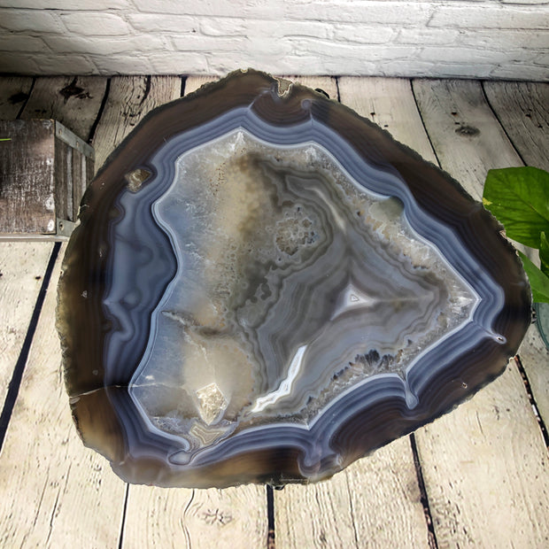 "Natural Brazilian Agate side table, single slice on black metal base, 22"" tall (1305-0019)"