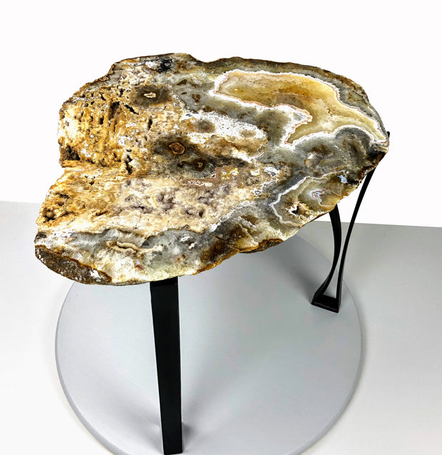 "Large Natural Agate table, single slice of stone on black metal base, 18"" tall, 37.6 lbs"