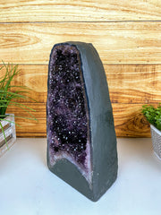 "Quality Brazilian Amethyst Cathedral, 14.75"" tall & 30.2 lbs (5601-0048)"