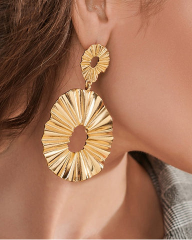 Frieda Crimped Round Pendant Gold Earrings