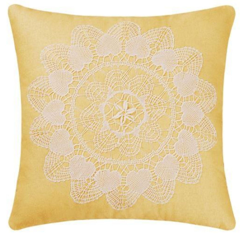 Linen Pillow With Lace