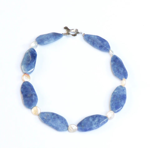 BLUE ONXY AND WHITE PEARL NECKLACE
