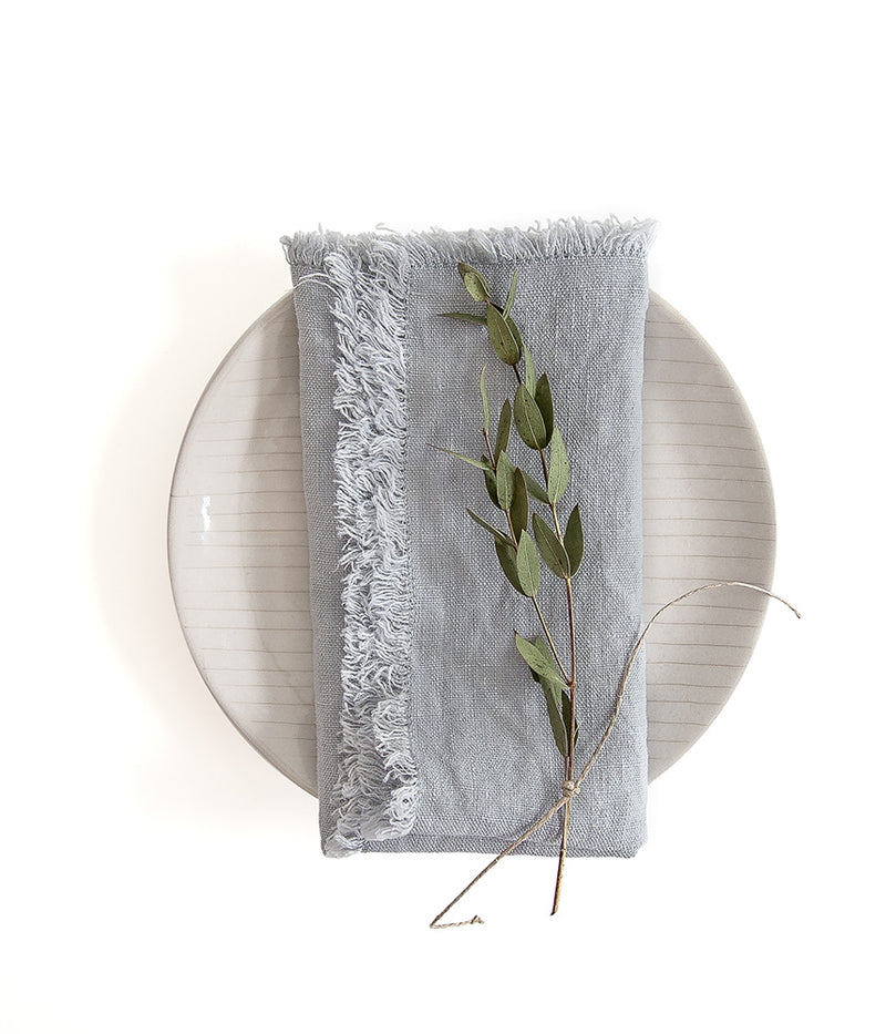 Set of 2 Light Grey Washed Linen Napkins With Fringes - Sefte