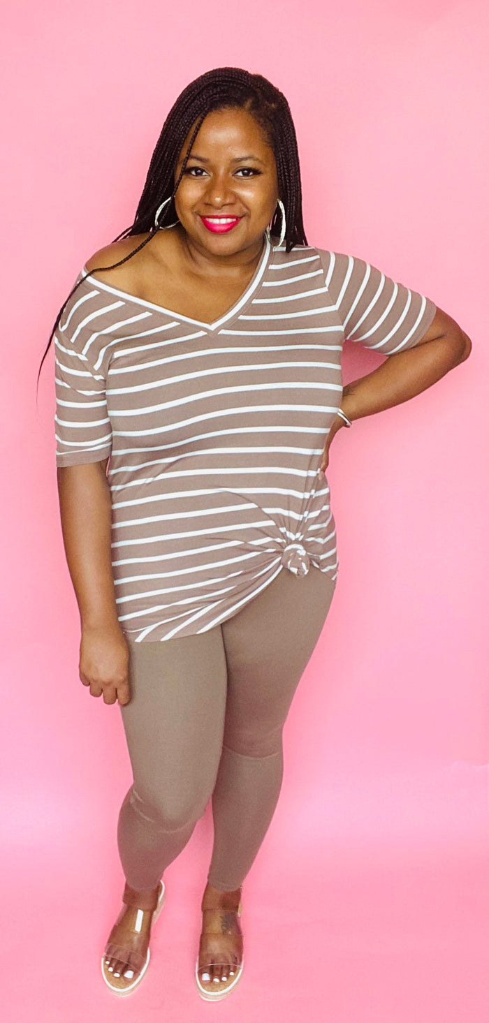 V-Neck Striped Tee Set (Mocha/Ivory)