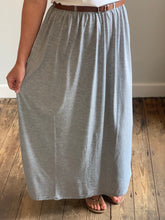Load image into Gallery viewer, Grey maxi skirt with belt