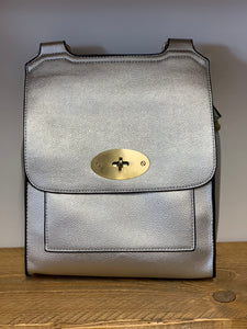 Silver cross over shoulder bag - larger size