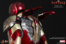 Load image into Gallery viewer, Iron Man Hot toys movie master piece, 3 Mark 42 XLII diecast figure.