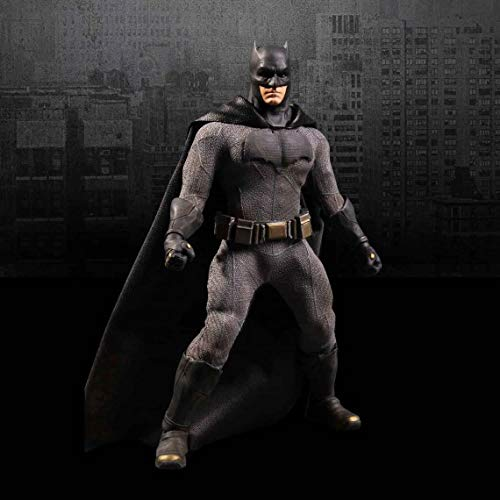 Batman (Batman v Superman: Dawn Of Justice) Mezco One:12 Collective Action Figures