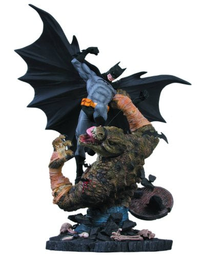 DC Comics 2nd Edition Batman Versus Killer Croc Statue