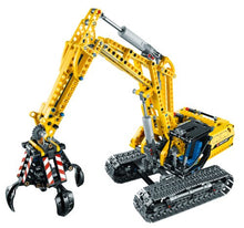 Load image into Gallery viewer, LEGO Technic 42006: Excavator