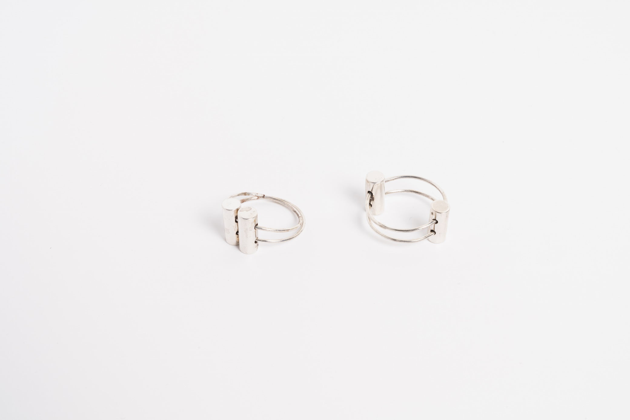 Double Tube Twist Ring