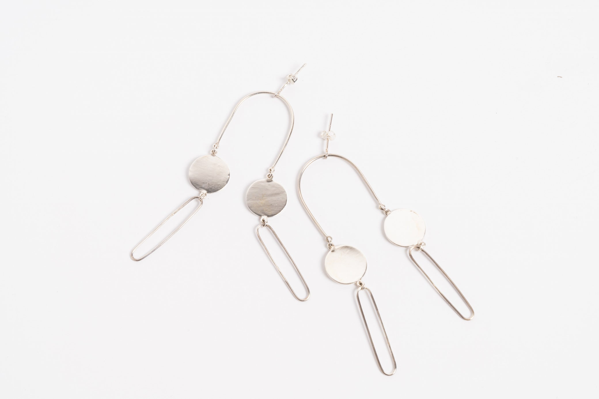 Oval Outline Earring