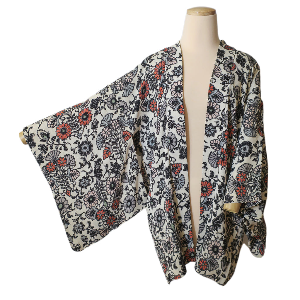 floral silk vintage haori kimono jacket (white background)