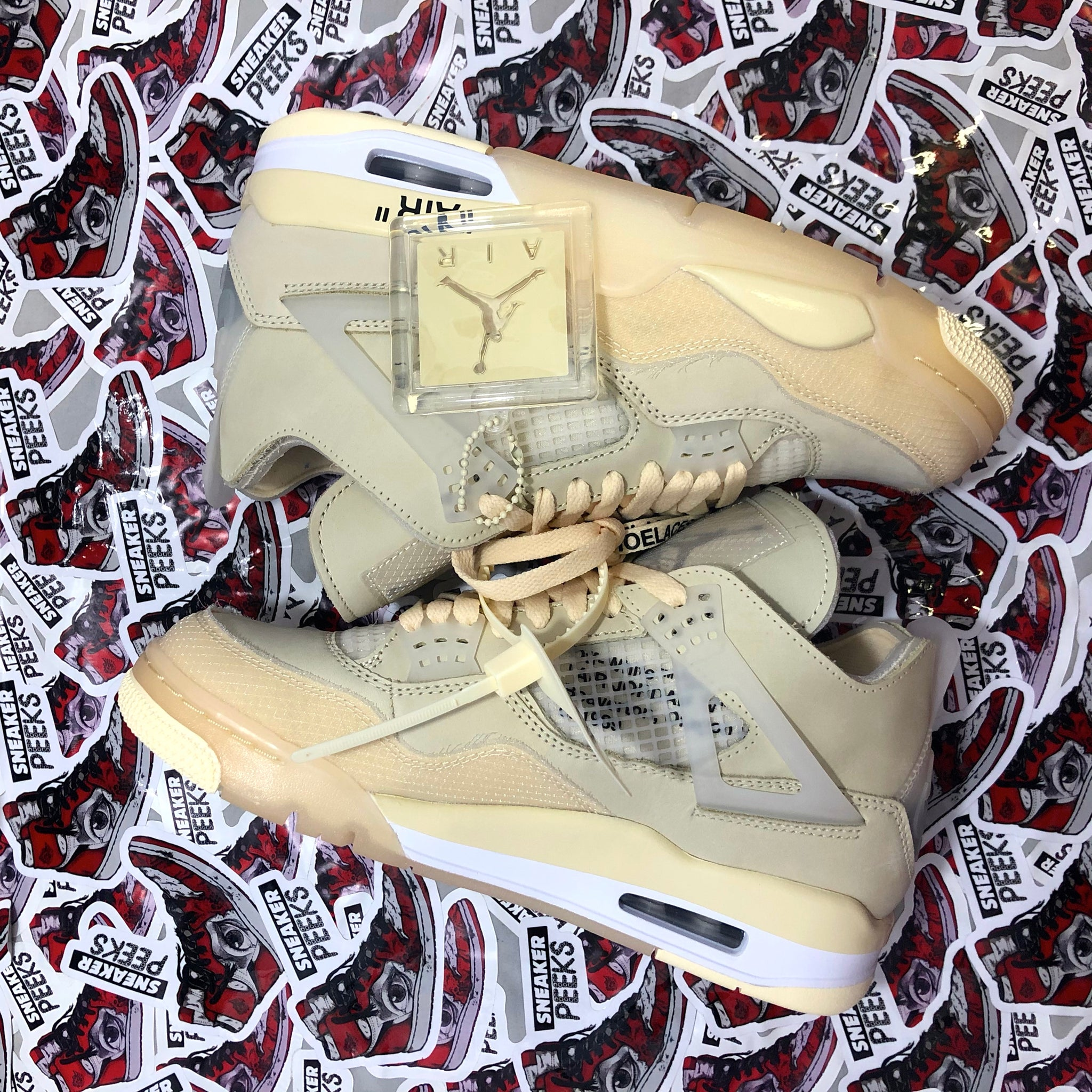 "Air Jordan 4 ""Off White Sail"" (W)"