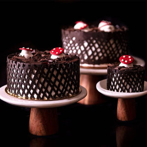 Black Forest Cake - Eggless