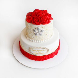 Red Rose Anniversary Cake - Eggless