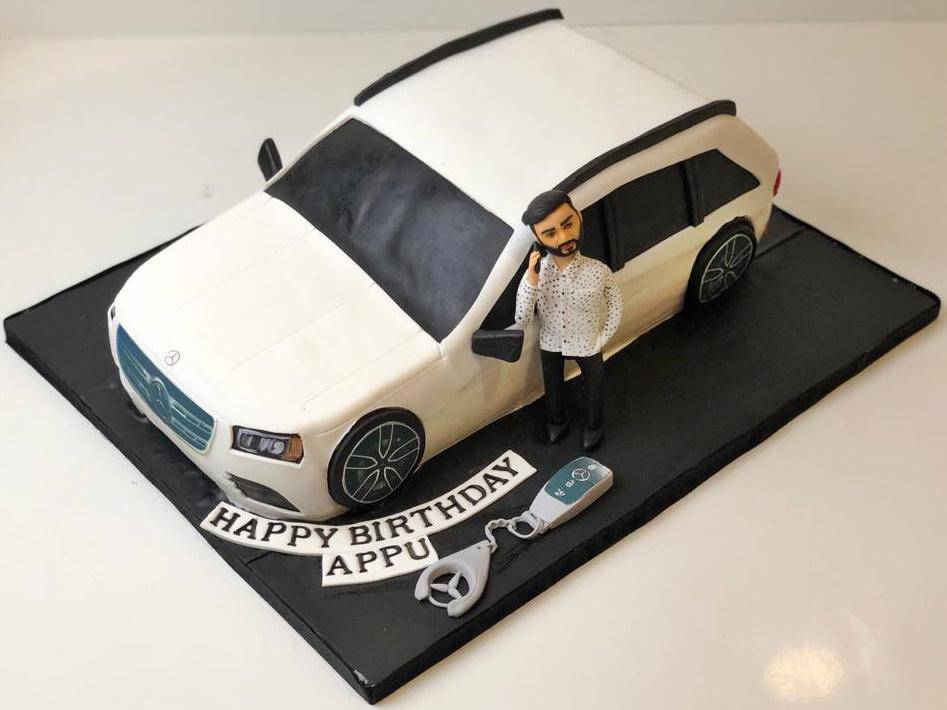 Mercedes Man Theme Cake - Eggless