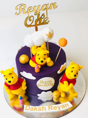 Hannie The Pooh Theme Cake - Eggless
