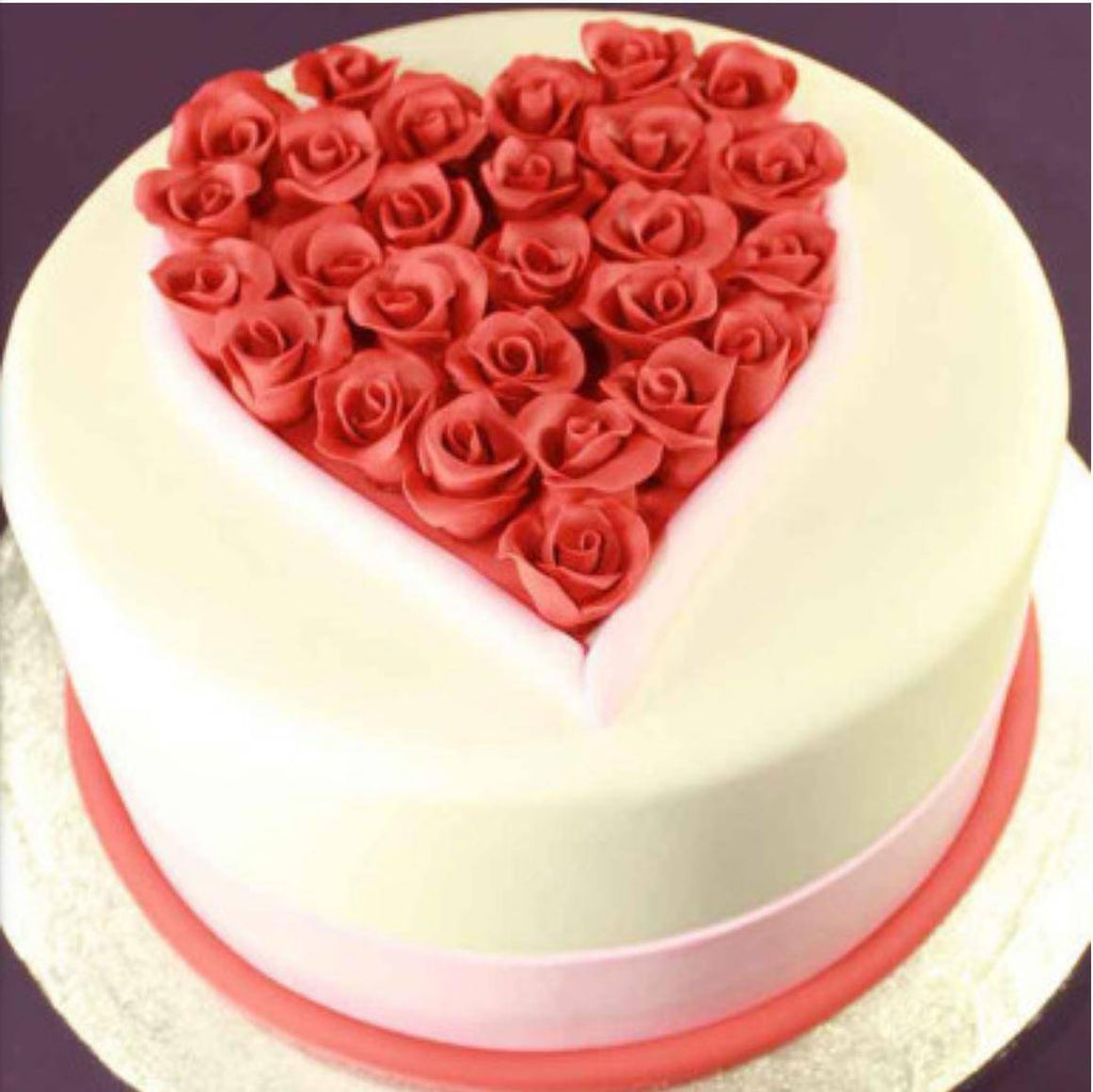 Roses in the heart Cake - Eggless
