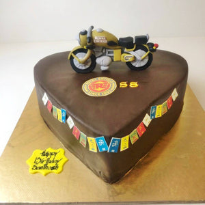 Bike on the Heart Cake - Eggless