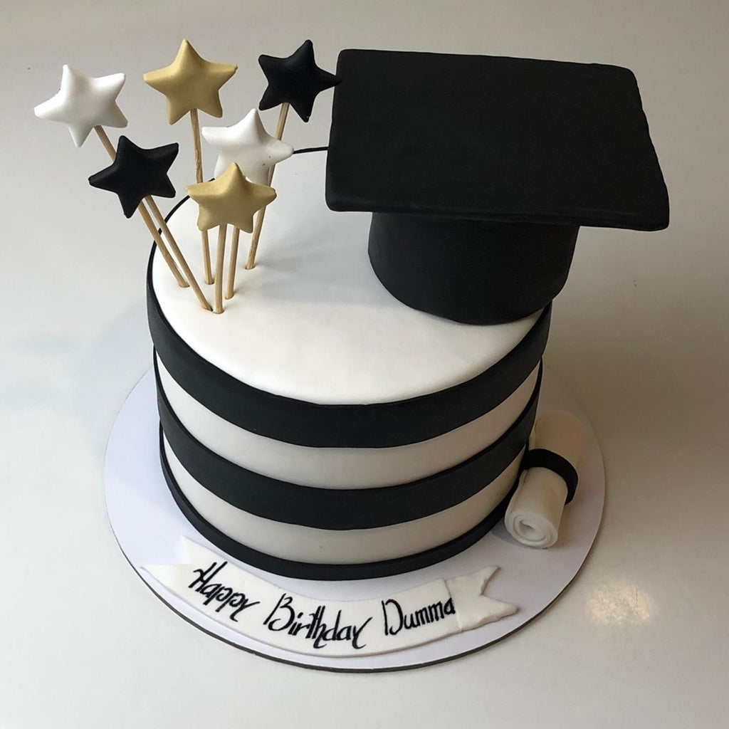 Star Graduate Theme Cake - Eggless