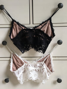 Lace Bralette (Hot)