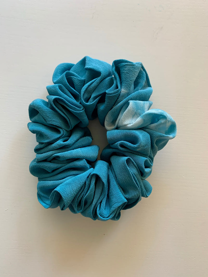 Large Scrunchie