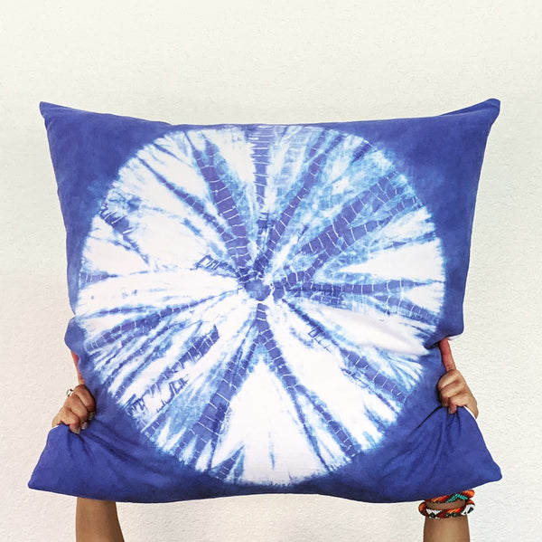 Periwinkle Sand Dollar Pillow