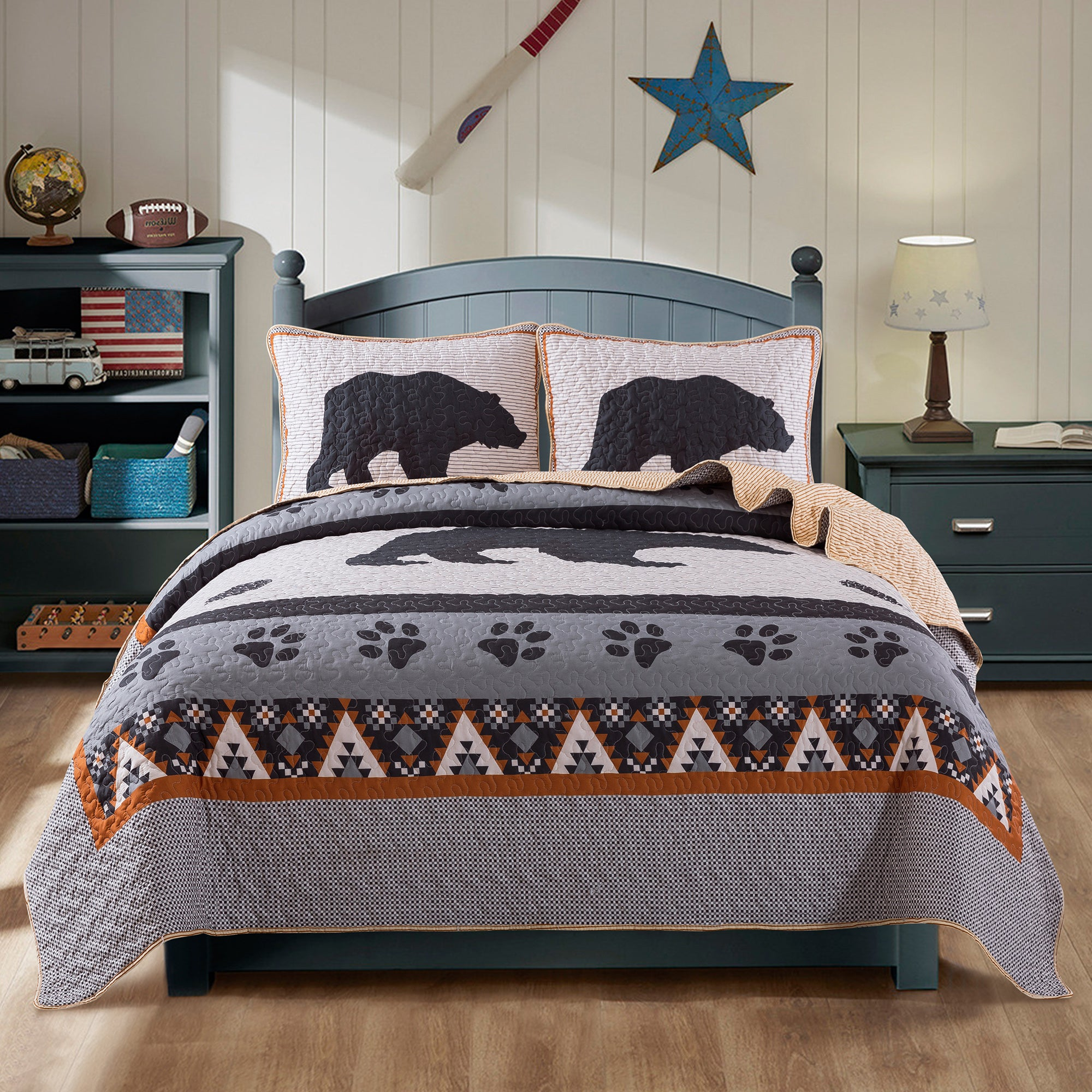 Great Grizzly Bedding Quilt Set