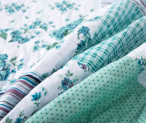 In Full Bloom Cotton Quilt