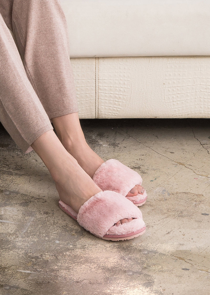 Fluffy Slippers - PINK