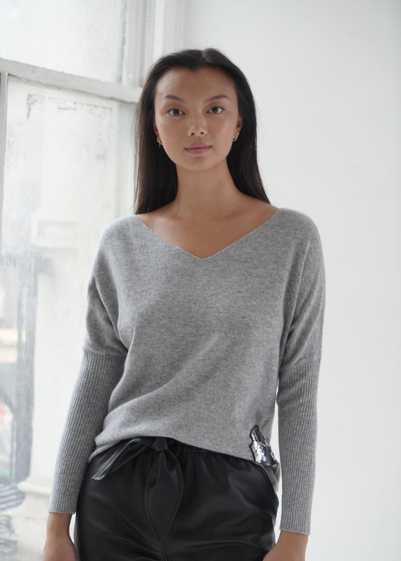 V-neck Embroidery & Sequins Cashmere Top