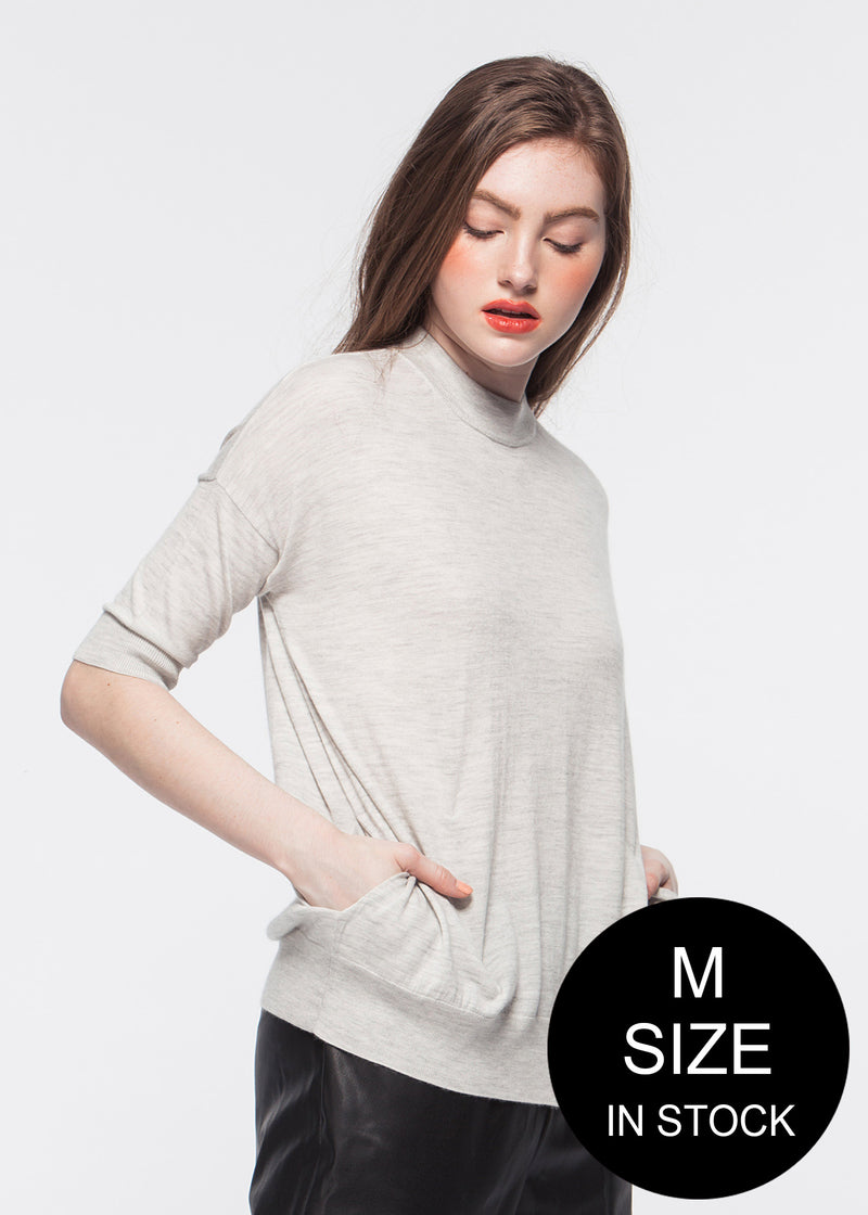 O-neck Elbow-length Sleeve Cashmere Top with Pocket (PALE GREY) - M