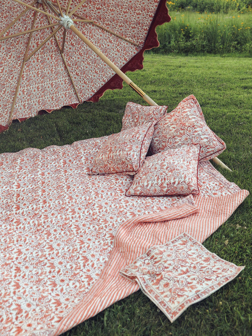 MILLE - Handstitched Quilt in Peach Floral