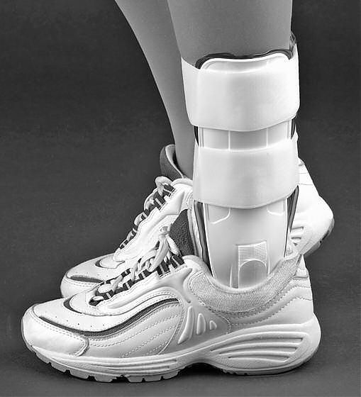 PROLITE Ankle Stirrup Brace with Air Liners - UNIVERSAL