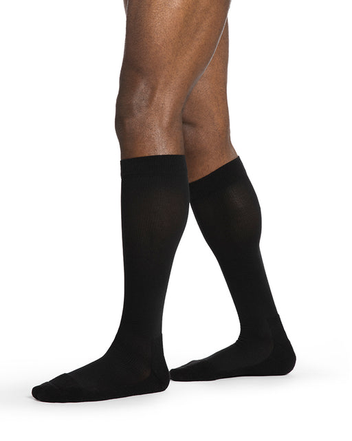 Sigvaris 850 Daily Comfort Men's Closed Toe Knee Highs 20-30 mmHg - 852C