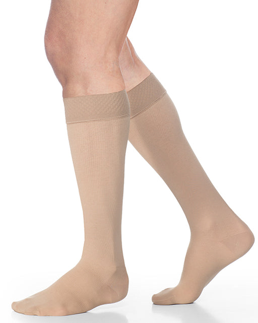 Sigvaris 550 Secure Men's Closed Toe Knee High w/ Silicone Band 20-30 mmHg - 552C