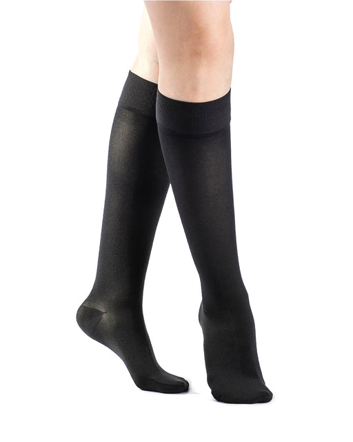 Sigvaris 860 Select Comfort Series Women's PETITE Closed Toe Knee Highs 20-30mmHg - 862C