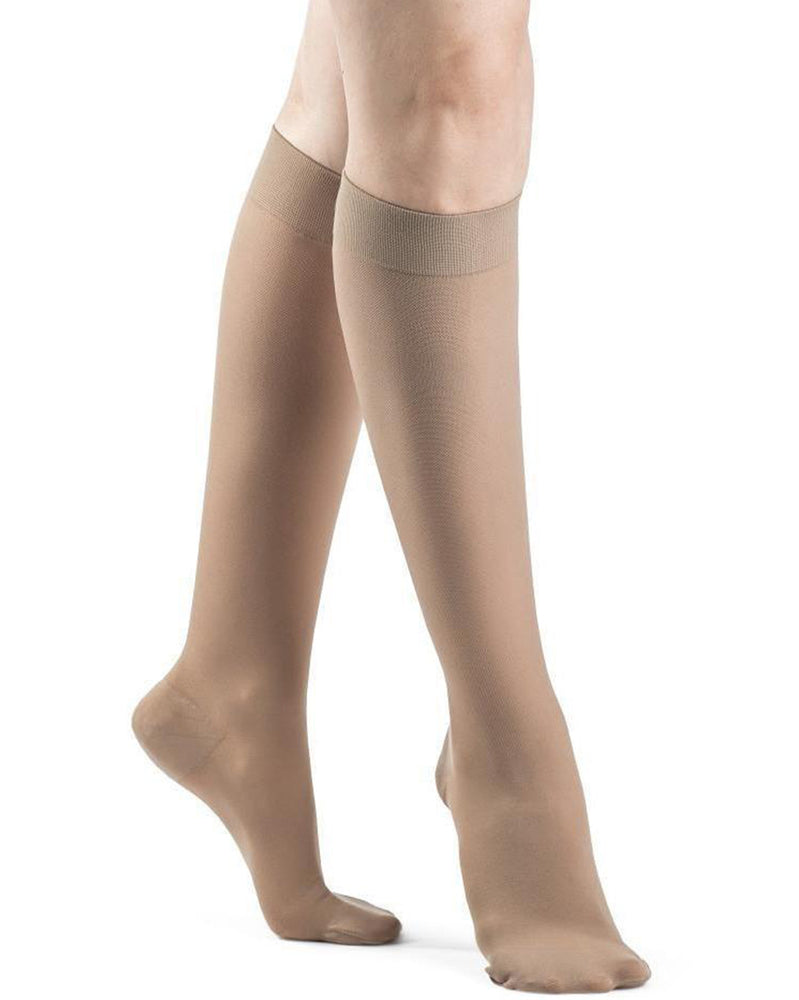 Sigvaris 970 Dynaven Series Women's Closed Toe Knee Highs 30-40 mmHg - 973C