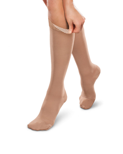 Therafirm Ease Opaque Unisex Closed Toe Knee High w/ Silicone Dot Top Band 20-30 mmHg