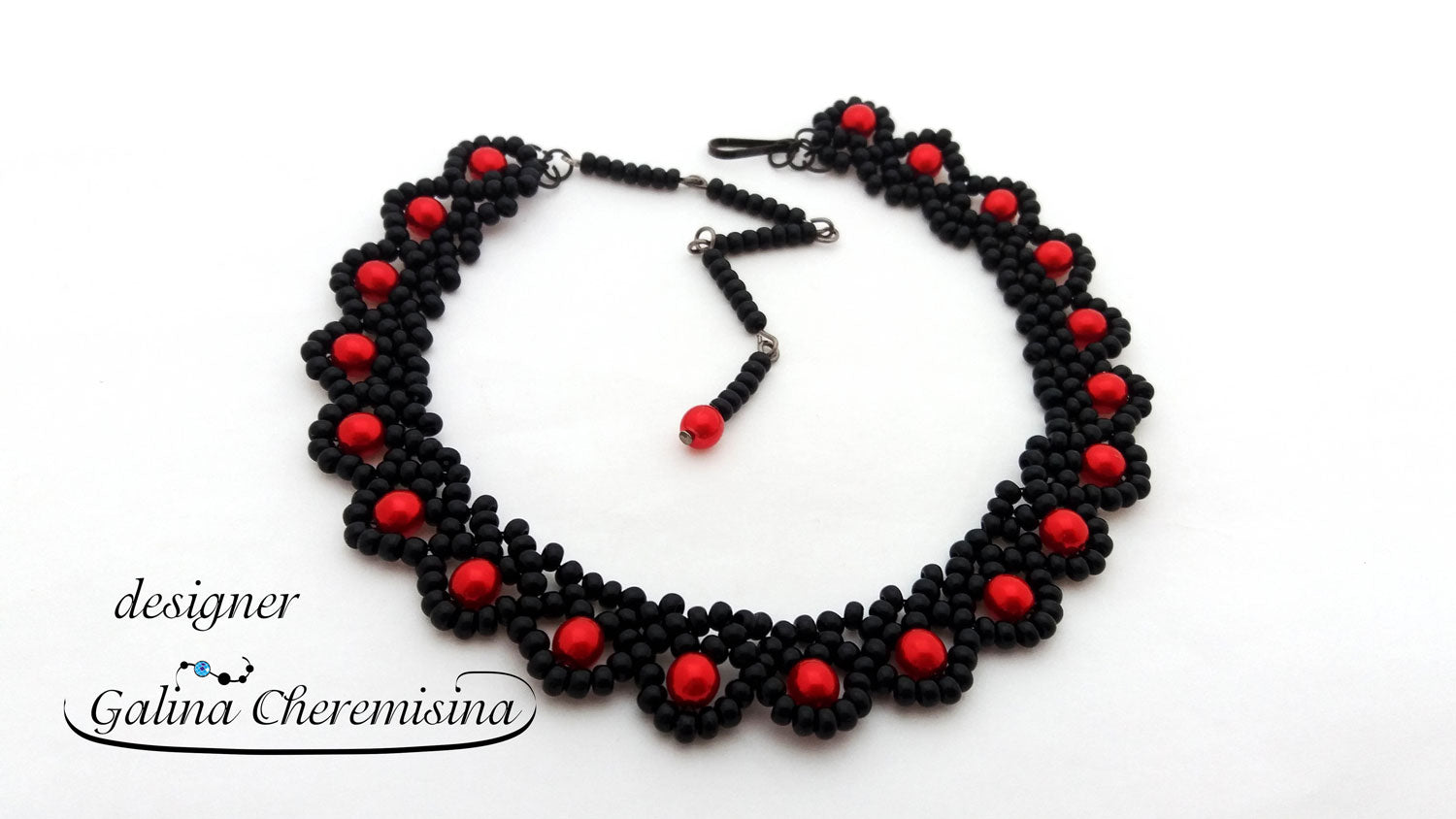 DIY: Beadwork Basics: Base for necklace with czech glass seed beads