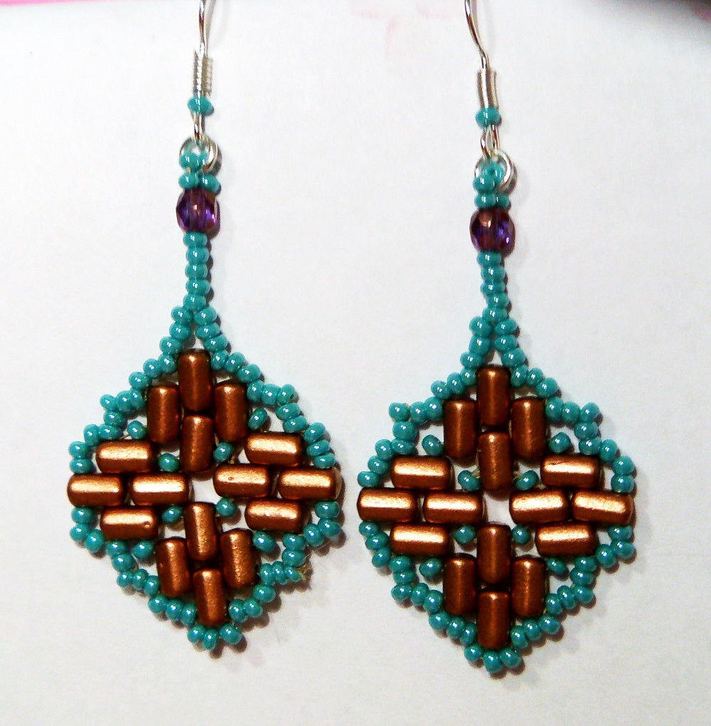 DIY: Moroccan Lantern Earrings with Rulla Beads