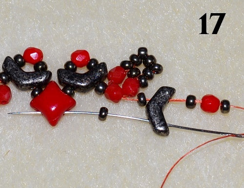 Nuria Bracelet free photo tutorial with Arrow beads and WibeDuo beads step 17