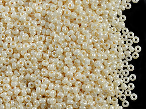 20 g 10/0 Seed Beads Preciosa Ornela, Cream Shell Opaque Lustered, Czech Glass