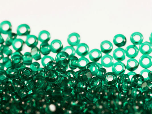 10 g 13/0 1-Cut Seed Beads Charlotte Preciosa Ornela, Green Emerald Transparent, Czech Glass