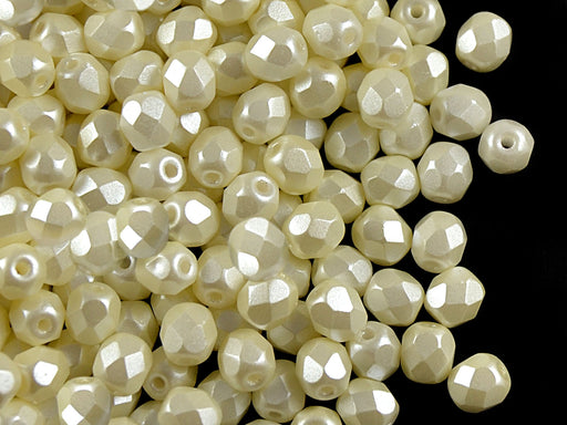 100 pcs Fire Polished Faceted Beads Round, 4mm, Pastel Light Cream, Czech Glass