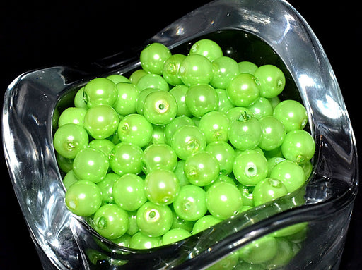 50 pcs Round Pearl Beads, 6mm, Pastel Green Pea , Czech Glass