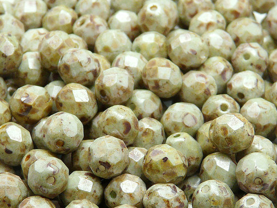 25 pcs Fire Polished Faceted Beads Round, 8mm, Chalk White Green Senegal Matte, Czech Glass