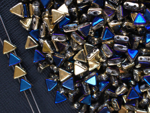 50 pcs Khéops® Par Puca® 2-hole Beads, Triangle 6mm, California Blue, Czech Glass