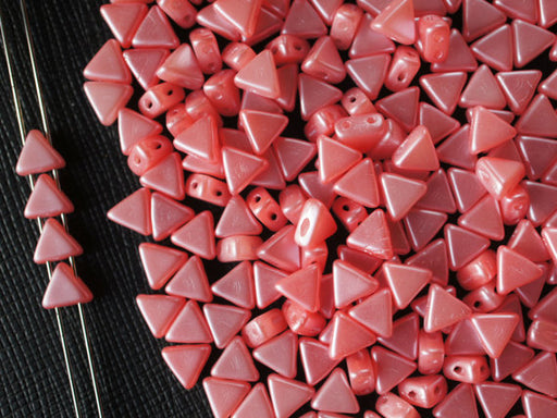 50 pcs Khéops® Par Puca® 2-hole Beads, Triangle 6mm, Pastel Light Coral Red, Czech Glass